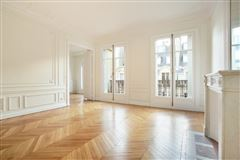 Mansions bright and open rental apartment