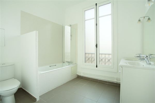 Luxury real estate bright and open rental apartment