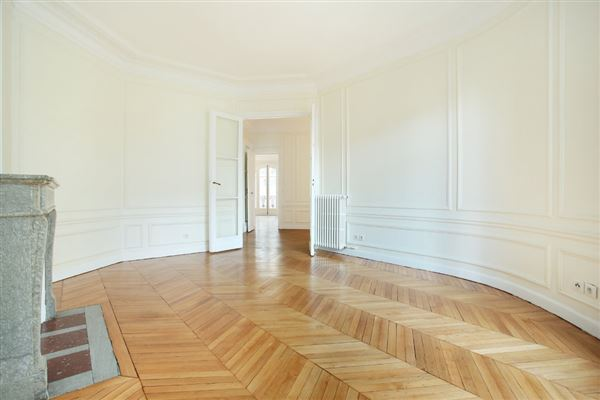 bright and open rental apartment luxury real estate