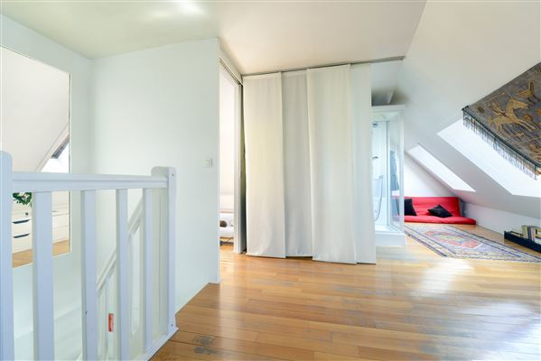 4th and 5th floor duplex apartment luxury real estate