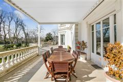 beautifully appointed elegant estate mansions