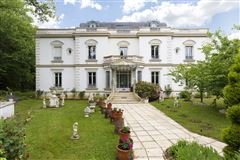 Luxury homes beautifully appointed elegant estate