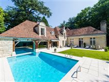 beautiful property in a private park mansions