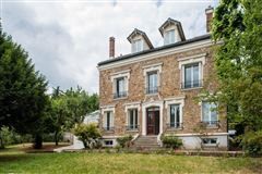 Mansions superb period property in meudon