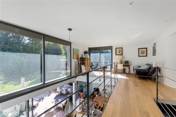 Large and bright contemporary house in versaille luxury real estate