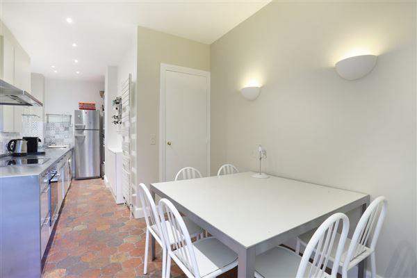 calm apartment in paris 3rd luxury homes