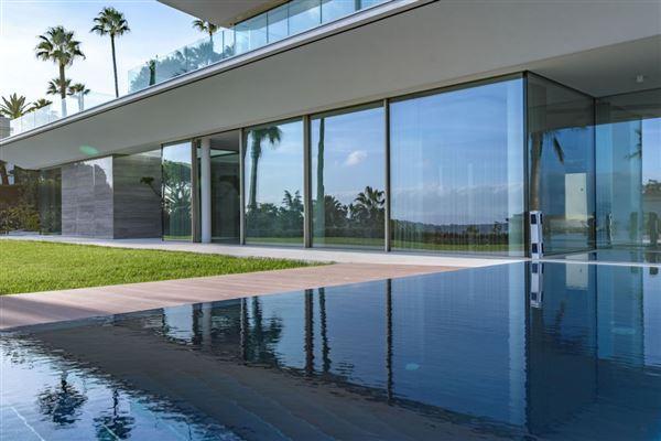 gorgeous modern property luxury properties