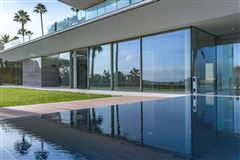 gorgeous modern property luxury homes