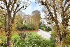 Luxury real estate first floor rental apartment in Chateau de Madrid