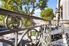 finest private mansion in Aix-En-Provence mansions