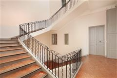 Luxury homes finest private mansion in Aix-En-Provence