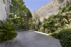 refined property in Neuilly-Sur-Seine mansions