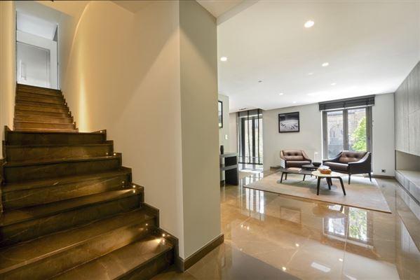 refined property in Neuilly-Sur-Seine luxury properties