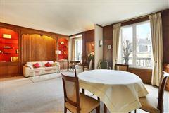 Luxury homes in third floor rental in a charming building