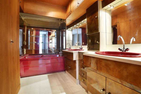 third floor rental in a charming building luxury real estate