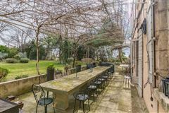 elegant 18th century property of 28 hectares mansions