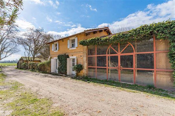 elegant 18th century property of 28 hectares luxury real estate