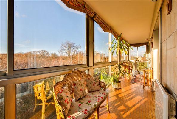 Luxury real estate spacious third floor apartment for rent