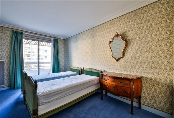 Luxury properties spacious third floor apartment for rent