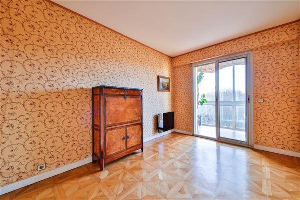 spacious third floor apartment for rent luxury properties