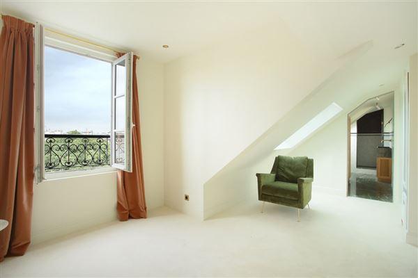 Luxury real estate split-level apartment on Rue Saint-André des Arts
