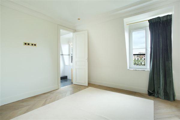 split-level apartment on Rue Saint-André des Arts luxury properties