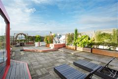 Luxury homes in exceptional duplex apartment
