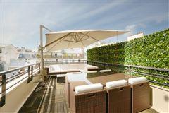 Luxury homes exceptional duplex apartment