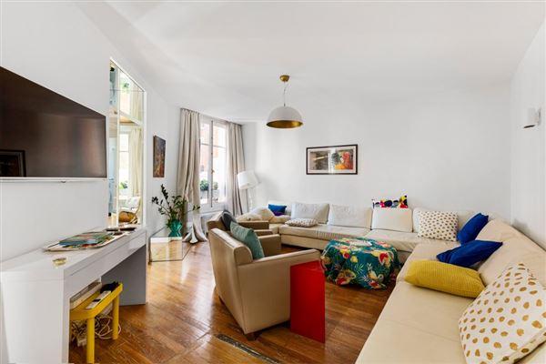 Luxury real estate Rue du Vieux Colombier home