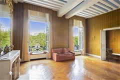 Mansions magnificent apartment on the Ile Saint Louis