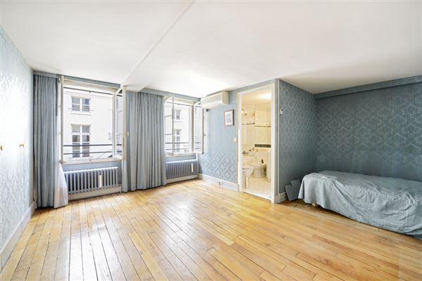 magnificent apartment on the Ile Saint Louis luxury real estate