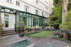 Mansions immaculate duplex apartment