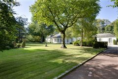 an elegant property in Marnes-La-Coquette luxury homes