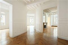 elegant four bedroom rental mansions