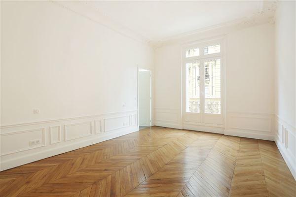 elegant four bedroom rental luxury real estate
