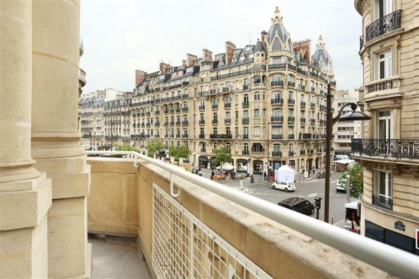 Luxury properties elegant four bedroom rental