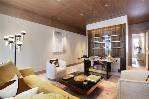 Luxury properties Exceptional Apartment in elegant freestone building