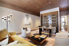 Luxury homes Exceptional Apartment in elegant freestone building