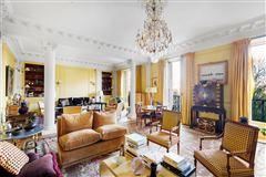 Mansions in beautiful and unique private paris mansion