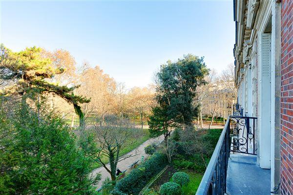 Luxury real estate beautiful and unique private paris mansion