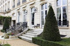 sublime apartment in paris mansions