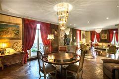 Elegant Apartment  mansions