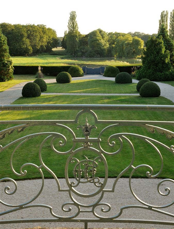 Luxury properties exceptional hunting estate on magnificent grounds