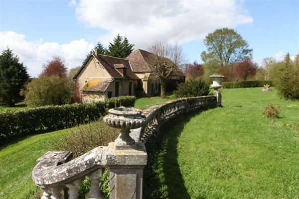 Luxury real estate remarkable property in Chaumont En Vexin