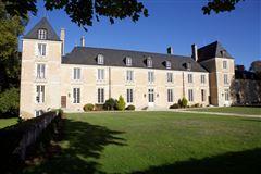 Mansions elegant 16th century chateau