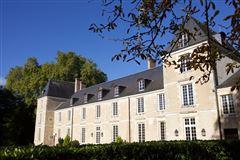 elegant 16th century chateau mansions