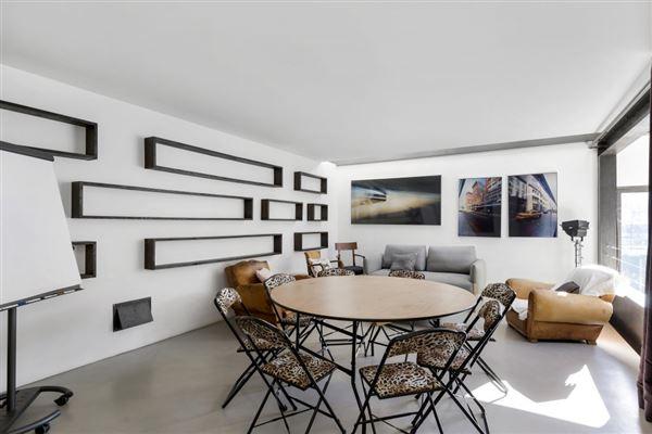 Luxury properties exceptional contemporary villa