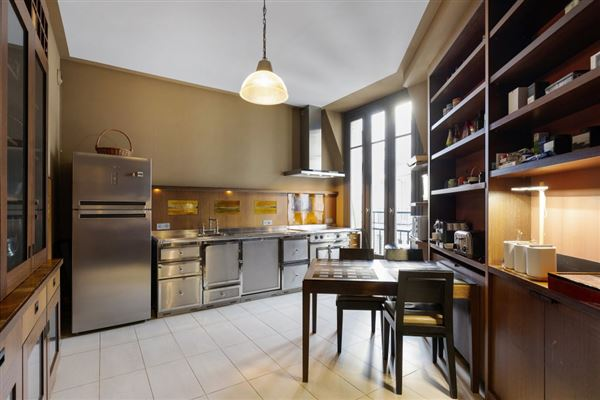 refined apartment in Prestigious Golden Triangle luxury real estate