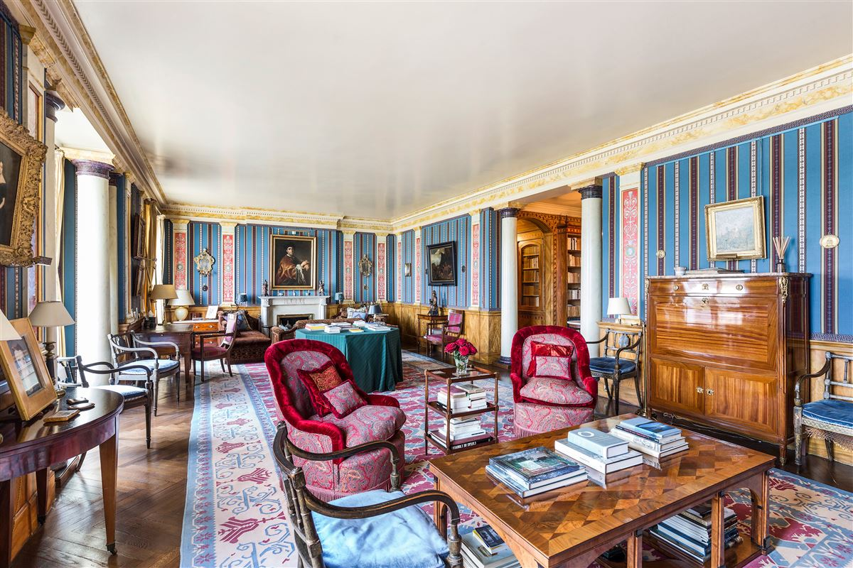 Luxury properties Rare address and view in Paris