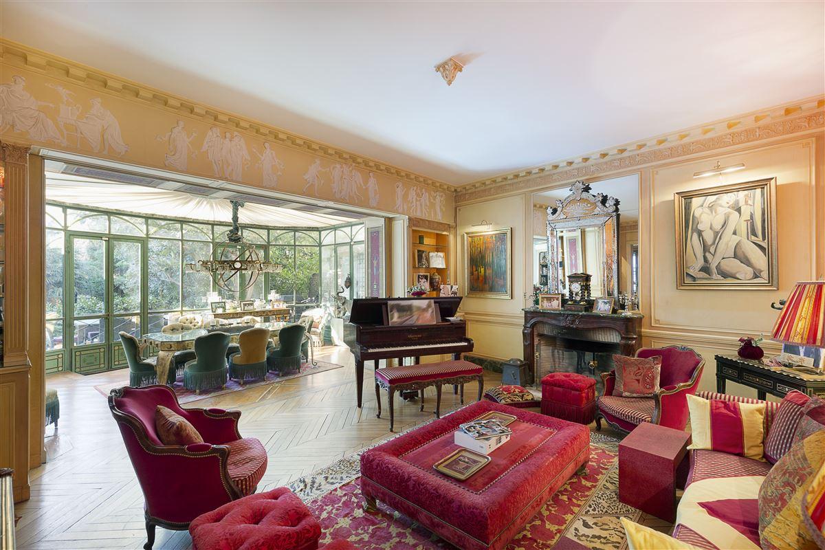 superb Hotel Particulier luxury real estate